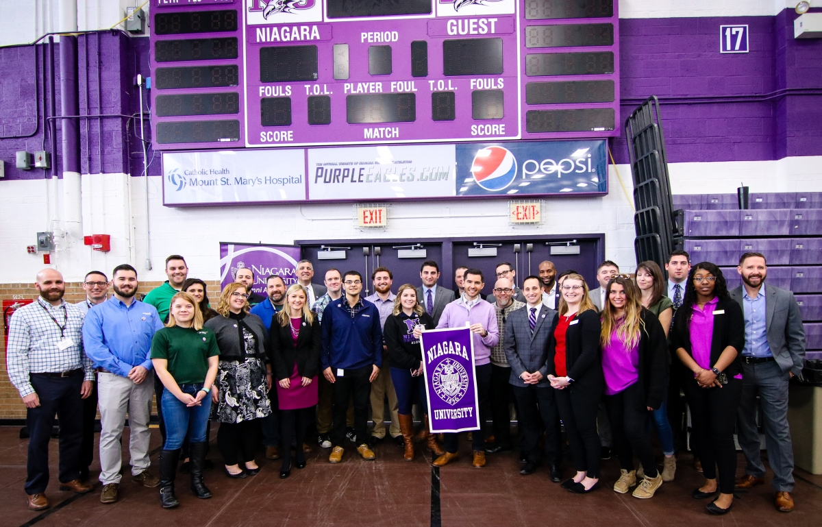 Niagara Alumni Return to Campus for Career Expo