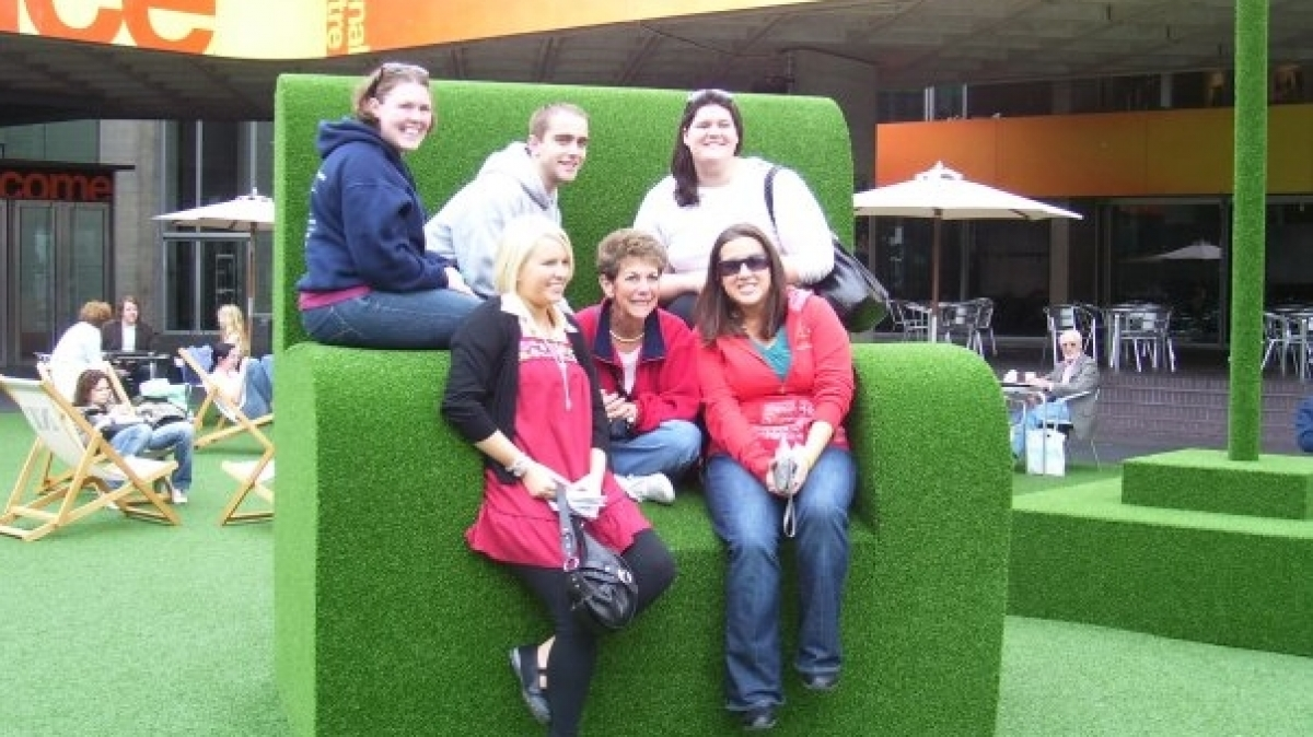 A&S Theatre Students and Dr. Watkinson in London