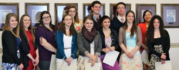 Spring 2014 Sigma Tau Delta Inductees Group Picture